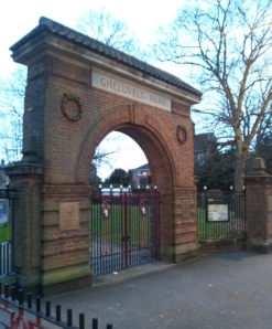 The gate to Gheluvelt Park, built in 1922